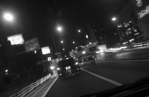 夜のハイウェイ2.jpg