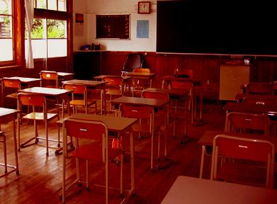 教室ー窓側(夕方.jpg