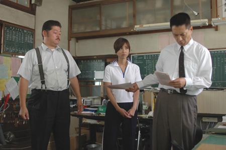 職員室の教師三人.jpg
