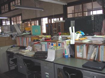 職員室6.jpg