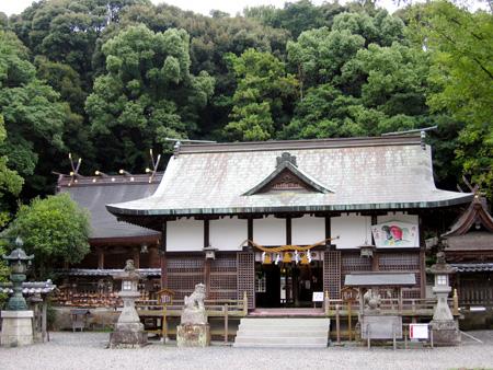 闘鶏神社.jpg