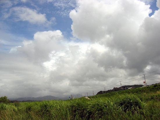 白浜の雲.jpg