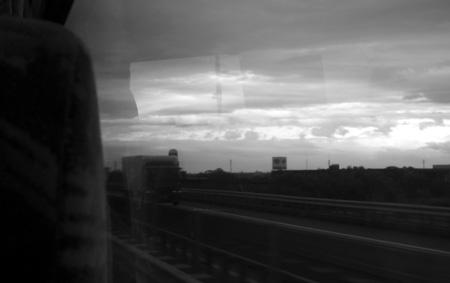 窓外2BWs.jpg