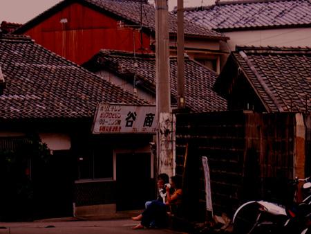 美香の家/近所−夕方.jpg